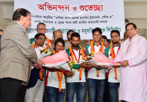 Bangladesh Archery team warmly received at airport