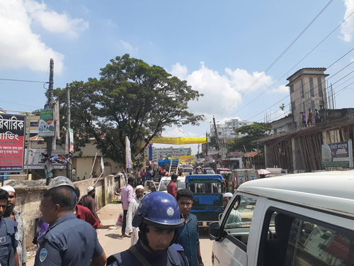 300 illegal structures removed in Noakhali