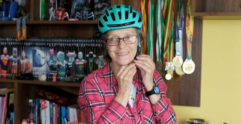 70-year-old biking grandmother conquers 'Death Road'