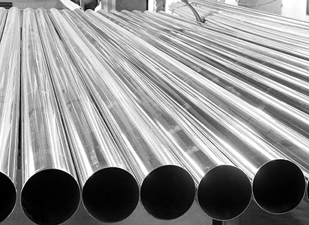 China steel extends losses on demand worries