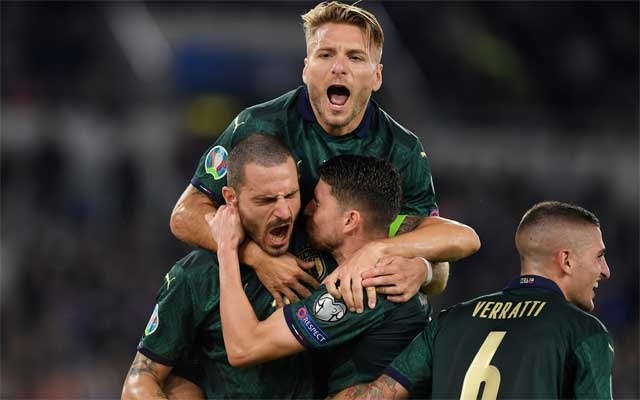 Italy beat Greece to secure Euro 2020 qualification