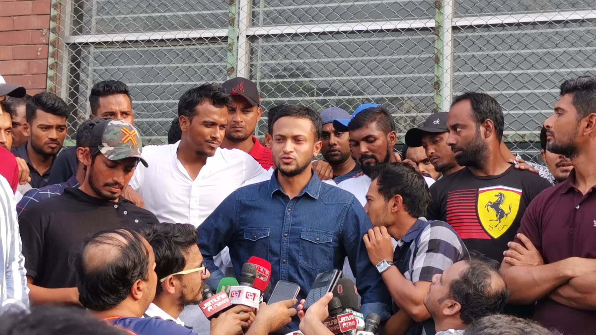 Bangladeshi cricketers go on first-ever strike