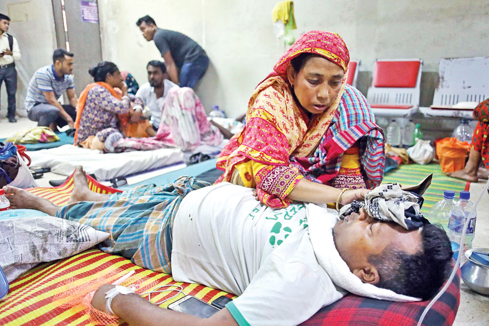 916 dengue patients undergoing treatment in country