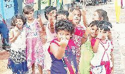 Children at Rajshahi Harijan palli continue education despite obstacles