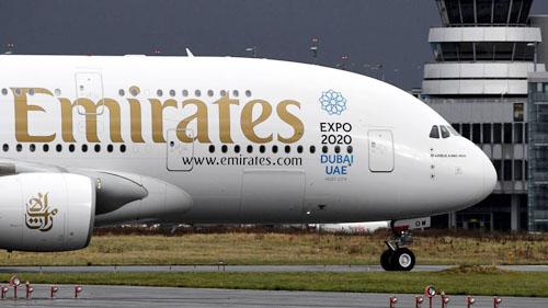 Emirates announces $16 billion deal to buy 50 Airbus