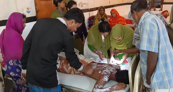 Man receives acid burn injuries
