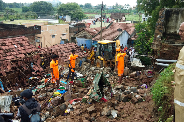 17 buried alive due to wall collapse in India