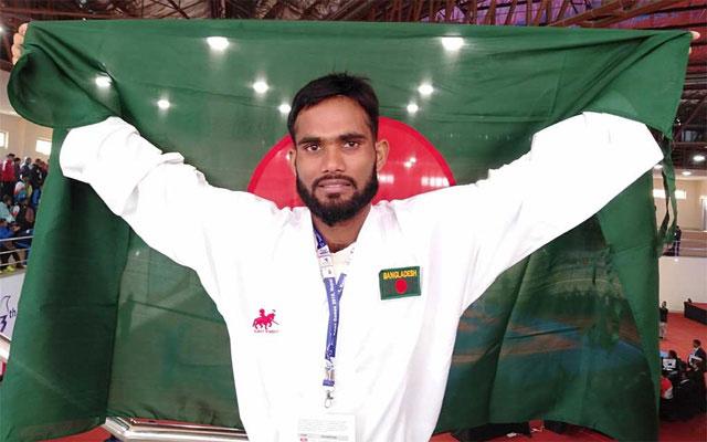 Al Amin wins second gold for Bangladesh
