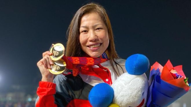 Athlete wins gold 38 years after debut