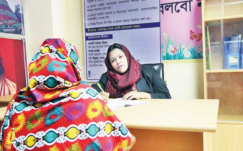 Surviovrs are coming regularly in the ASTHA Court Help Desk to receive services.