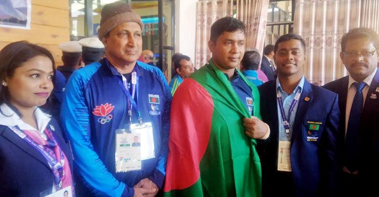 Ziarul Islam wins gold in weightlifting