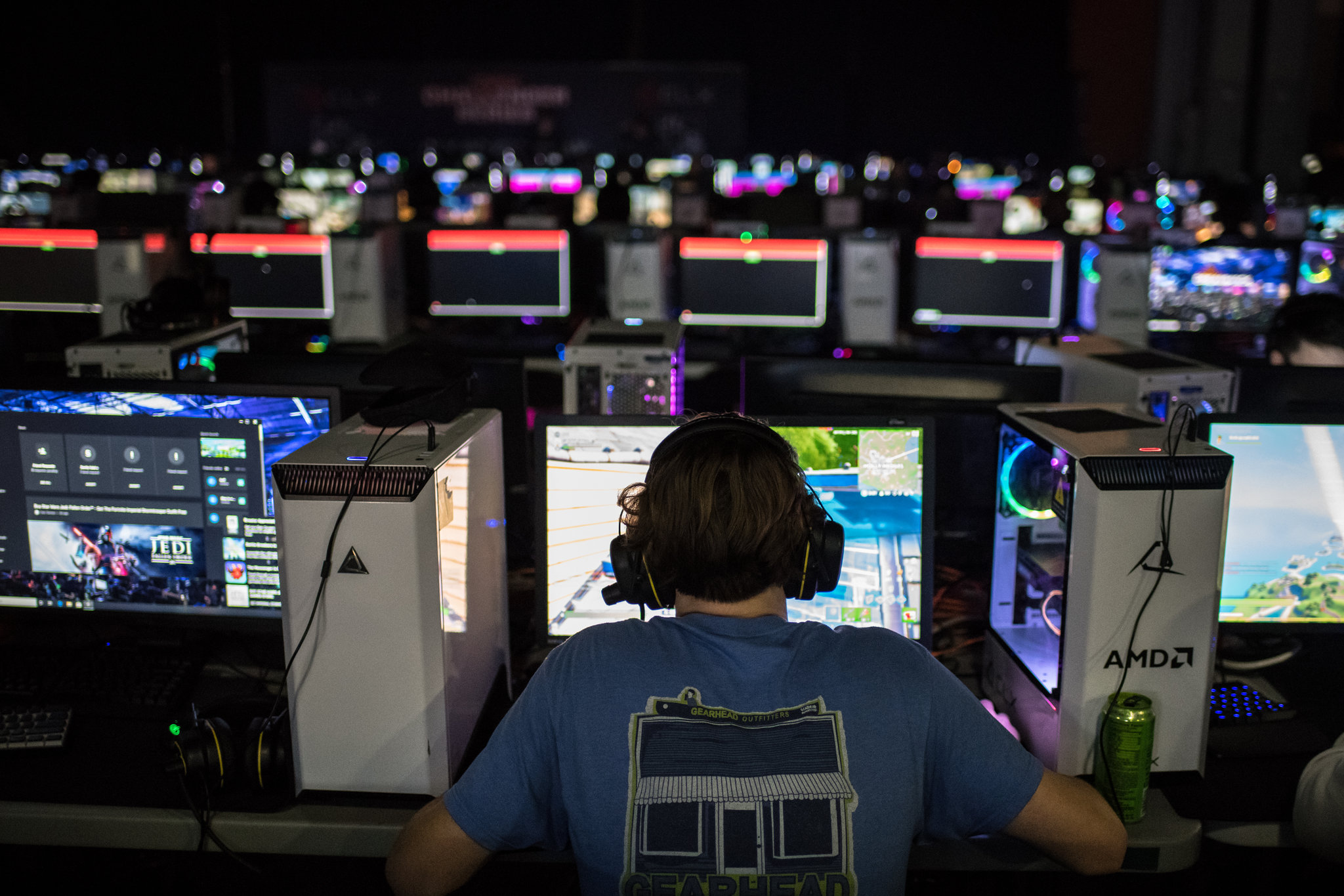 Video games, online chats 'hunting grounds' for sexual predators