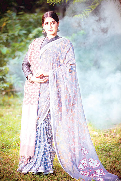 Get designed shawls to beat cold