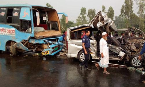 Road crashes increase in Sirajganj last yer