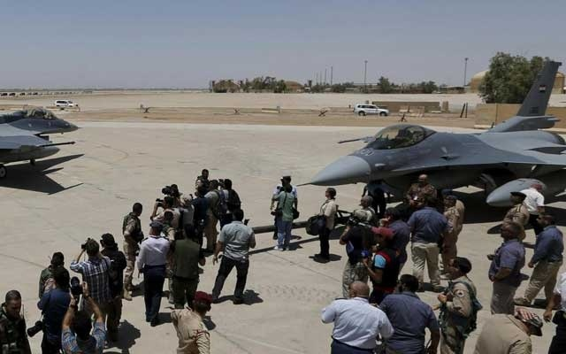 File Photo: US F-16 fighters jets are seen during an official ceremony to receive four of these aircrafts from the U.S. at the tarmac a military base in Balad, Iraq, July 20, 2015. --Reuters