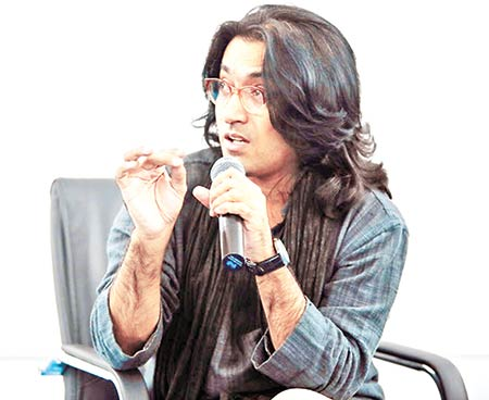 Kamar Ahmad Simon's 'Neel Mukut' gets uncut censor certificate
