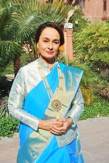 Soni Razdan seeks probe on Afzal Guru's hanging
