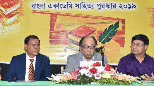 10 get Bangla Academy Literary Award