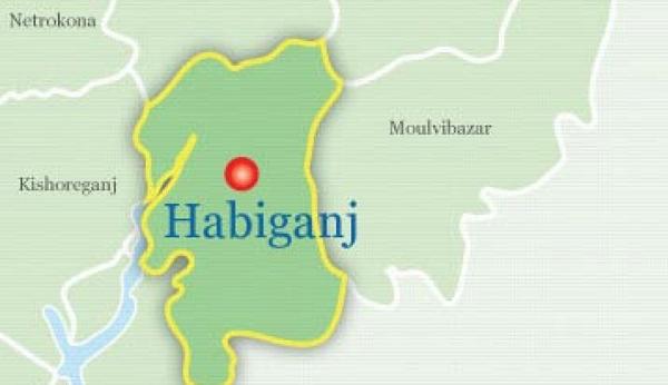 3 killed as bus overturns in Habiganj