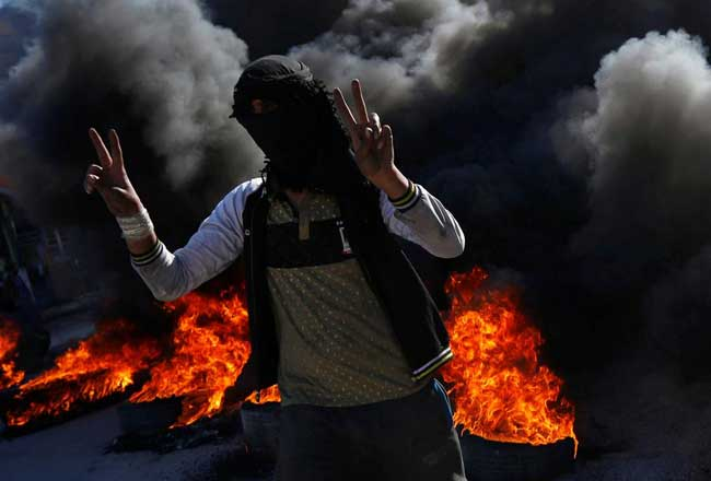 Violence escalates in Iraq as govt pushes to end protests