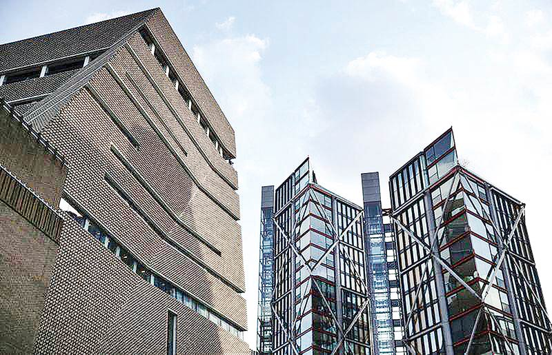 Luxury flat owners lose case against nosy neighbors at London's Tate gallery