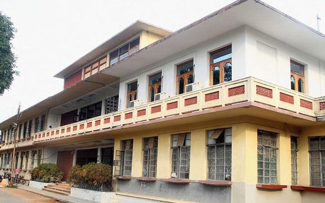 Visva-Bharati teachers to fight for Bangladeshi student