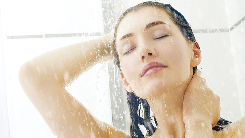 How to shower without damaging your skin