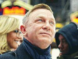 Daniel Craig won't leave fortune to his kids, will give what's left to charity