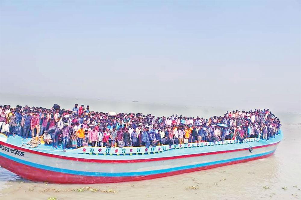 Thousands return to Bhola fearing coronavirus
