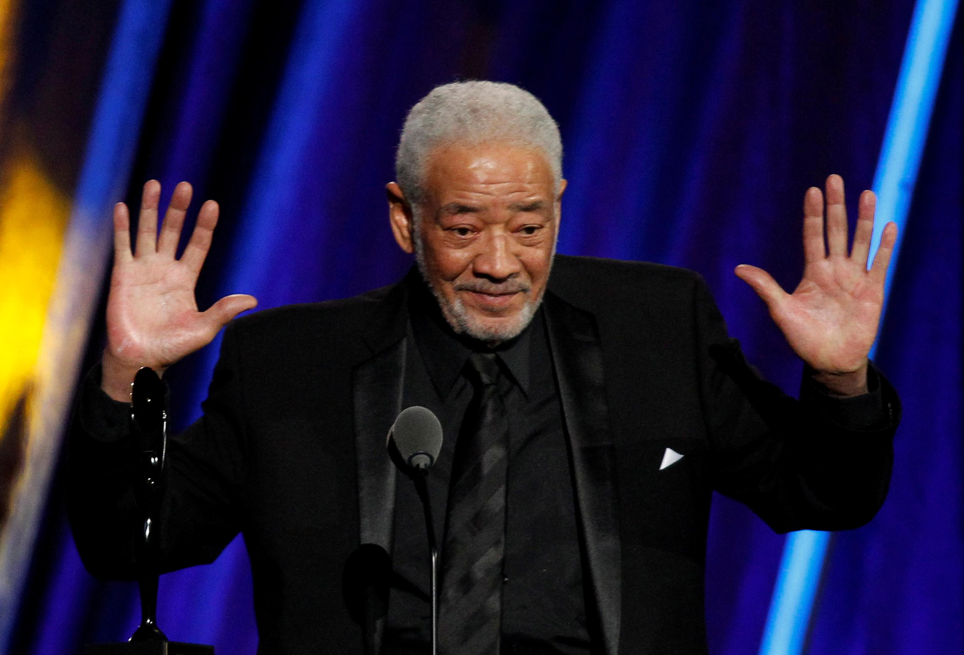 Bill Withers speaks during his 2015 induction of Rock and Roll Hall of Fame in Cleveland, Ohio. Photo: Reuters