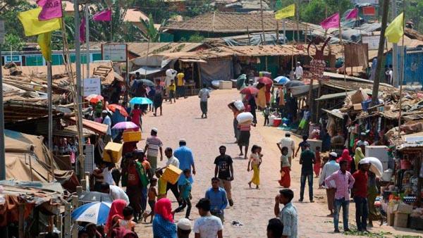 Race to prevent coronavirus 'nightmare' in Rohingya camps in Bangladesh