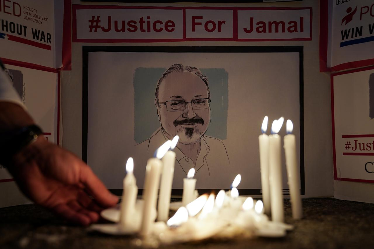 The Committee to Protect Journalists and other press freedom activists hold a candlelight vigil in front of the Saudi Embassy to mark the anniversary of the killing of journalist Jamal Khashoggi, in Washington, US, October 2, 2019. Photo: Reuters
