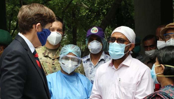 US Embassy gives COVID-19 equipment to Kamalapur Railway General Hospital