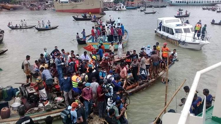 14 killed in Buriganga launch capsize