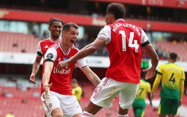 Arsenal thump Norwich
