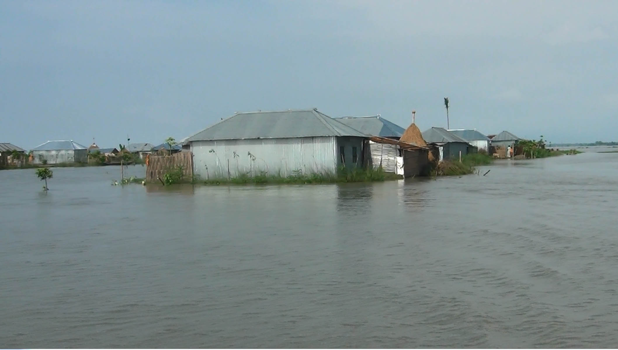 No relief for flood-hit Kurigram people as Dharla, Brahmaputra swell