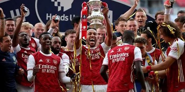 Aubameyang double wins FA Cup for Arsenal
