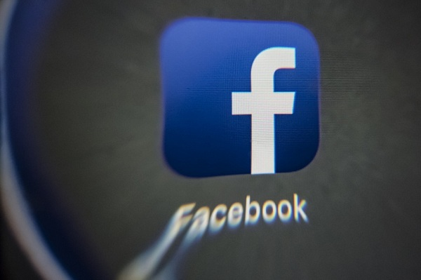 Facebook switches news back on in Australia