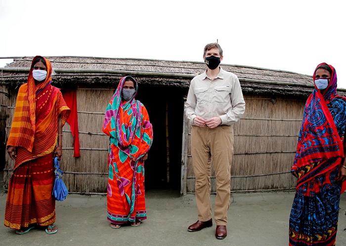 Ambassador Miller visits flood affected Gaibandha to observe US assistance