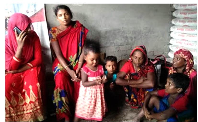 7 women, girl, children rescued while being trafficked to India thru' Satkhira border