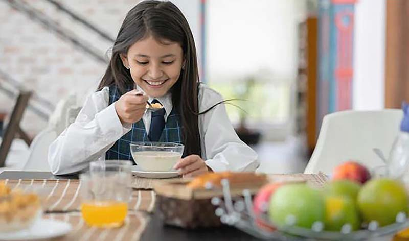 Nutrition for girls at age of puberty