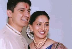 Madhuri Dixit completes 21 years of wedding