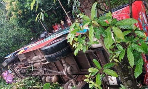 Manikganj bus accident kills 3