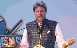 Kapil Dev recovers from heart surgery