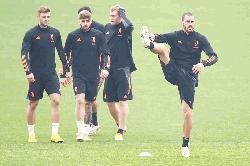 Juventus play catch-up on AC Milan before Barca showdown