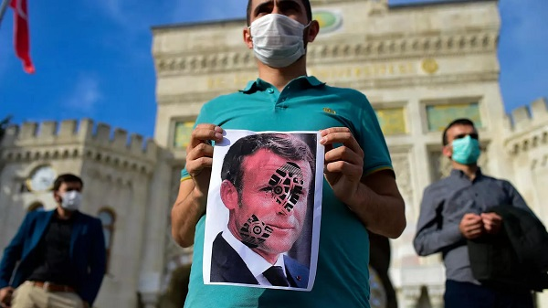 Erdogan doubles down in backlash against Macron's Islam comments