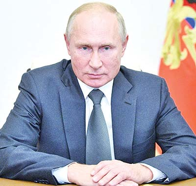 Putin praises Trump
