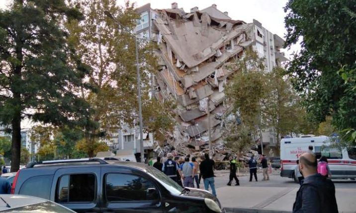 26 killed as powerful earthquake jolts Turkey, Greece
