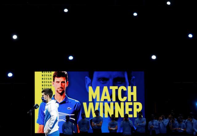 Djokovic reaches ATP Finals semis
