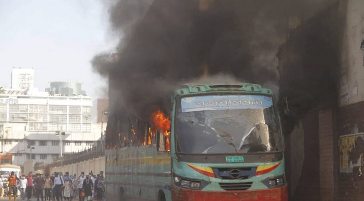 3 held in Dhaka over bus torching
